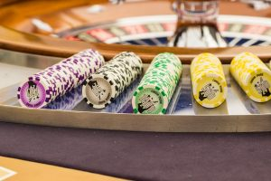 Do Legitimate Strategies to Win at Online Roulette Actually Exist?